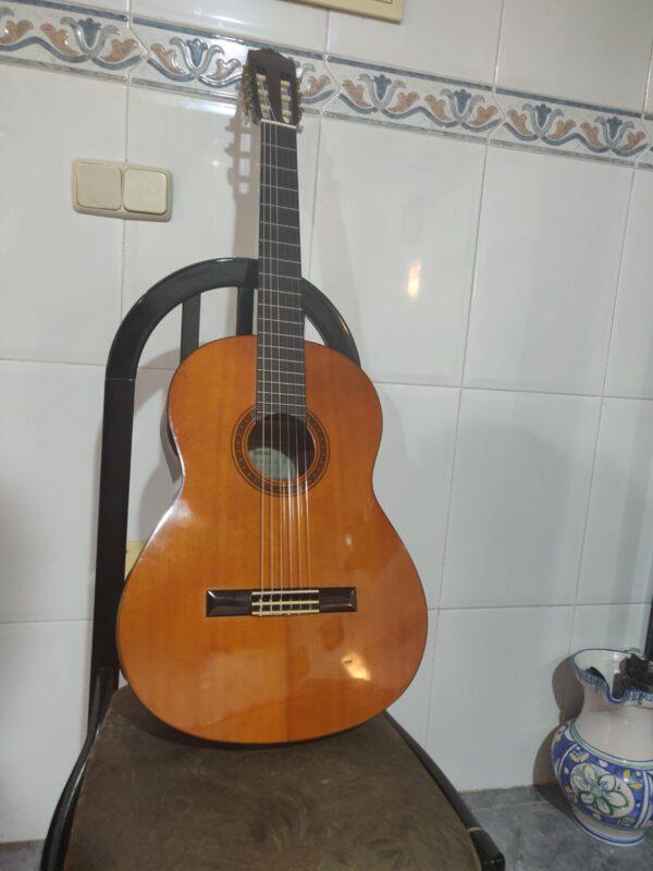 GUITARRA YAMAHA CG 110 A