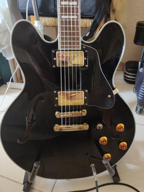 Oferta, ocasión Guitarra eléctrica Vintage VSA555